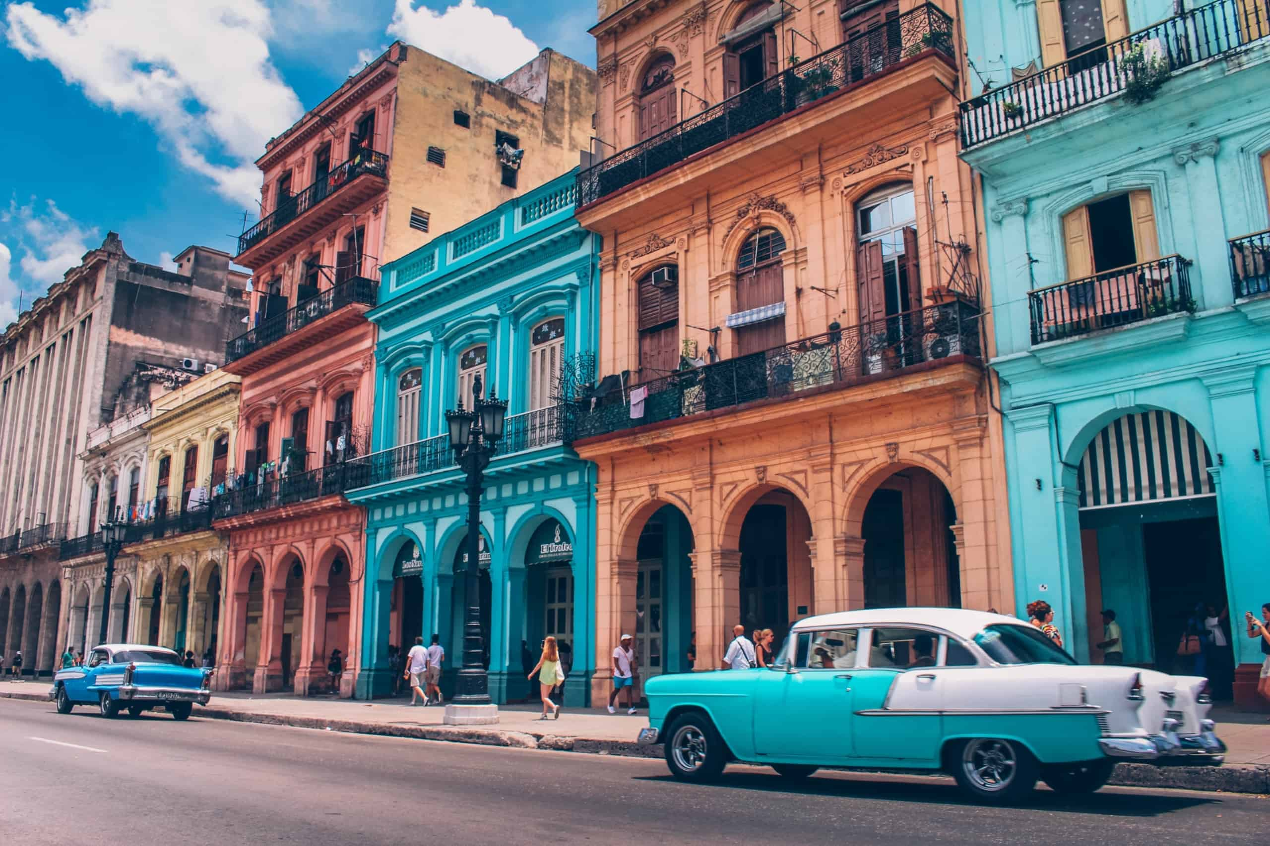 old havana and classic cars