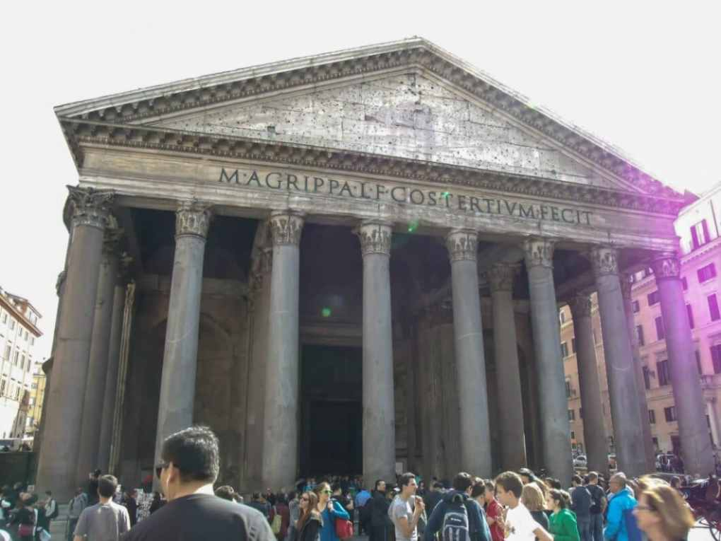 No matter where we were walking to in Rome, we always seemed to cross paths with the Pantheon.
