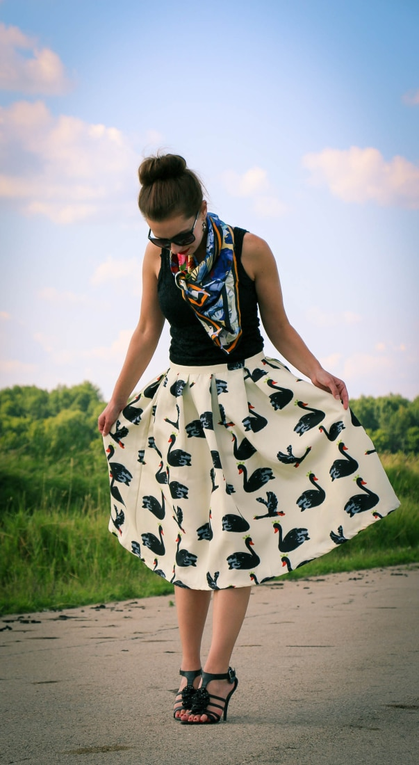 Black swan skirt & Demon TZ scarf