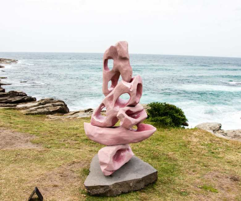 sculptures by the sea