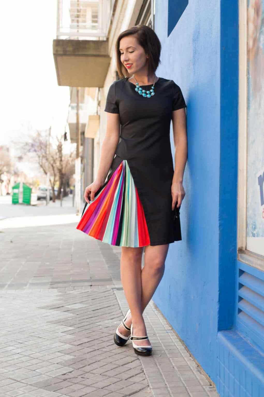 FashionMia Round Neck Ruffled Hem Plain Polyester Skater Dress