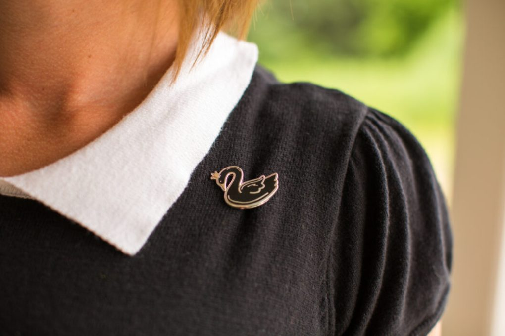 Lace & Whimsy Black Swan Pin