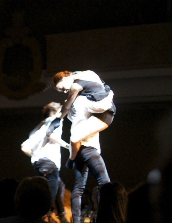 Alonzo King's Lines Ballet opened up the show with a performance down the runway. #amazing