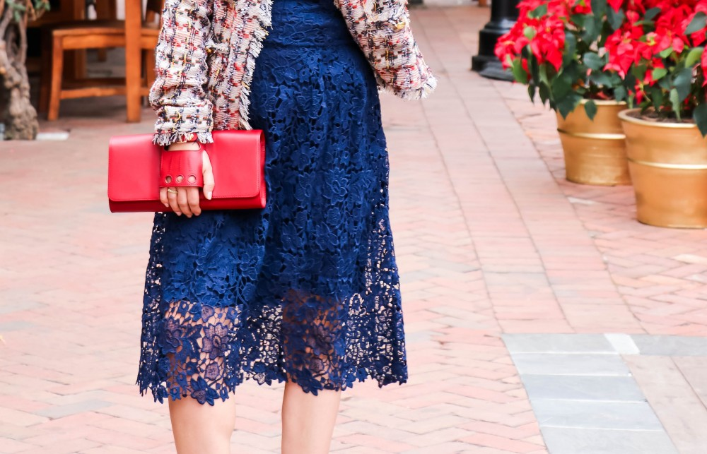 Tweed jacket, lace dress, and a killer clutch for a holiday outfit! Pair with your favorite heels and you're ready to go! #holidaystyle #outfitinspo #tweedjacket #perrinclutch