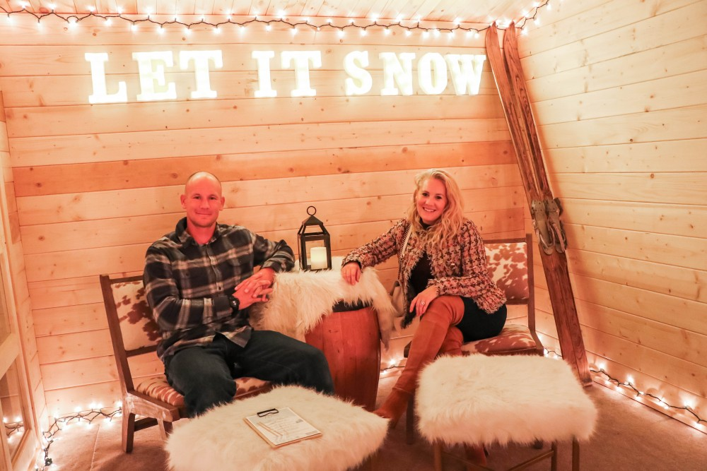 Fun Date Night at Quattro by Four Seasons Palo Alto winter dining experience, Apres Ski! Head over to the post to check out the super cute set up and special dining options. #skiseason #winterwonderland #quattro #fourseasonspaloalto #apresbyfs