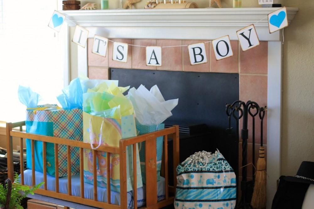 Baby Shower-Baby Crib-Baby Shower Gift Area-Vintage Crib