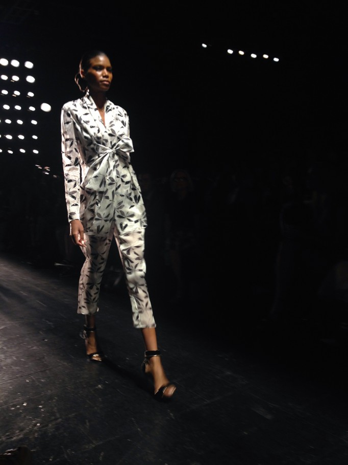 Carmen Marc Valvo-NYFW-SS16-Runway_New York Fashion Week-Behind the Scenes-Have Need Want-Fashion Week 7