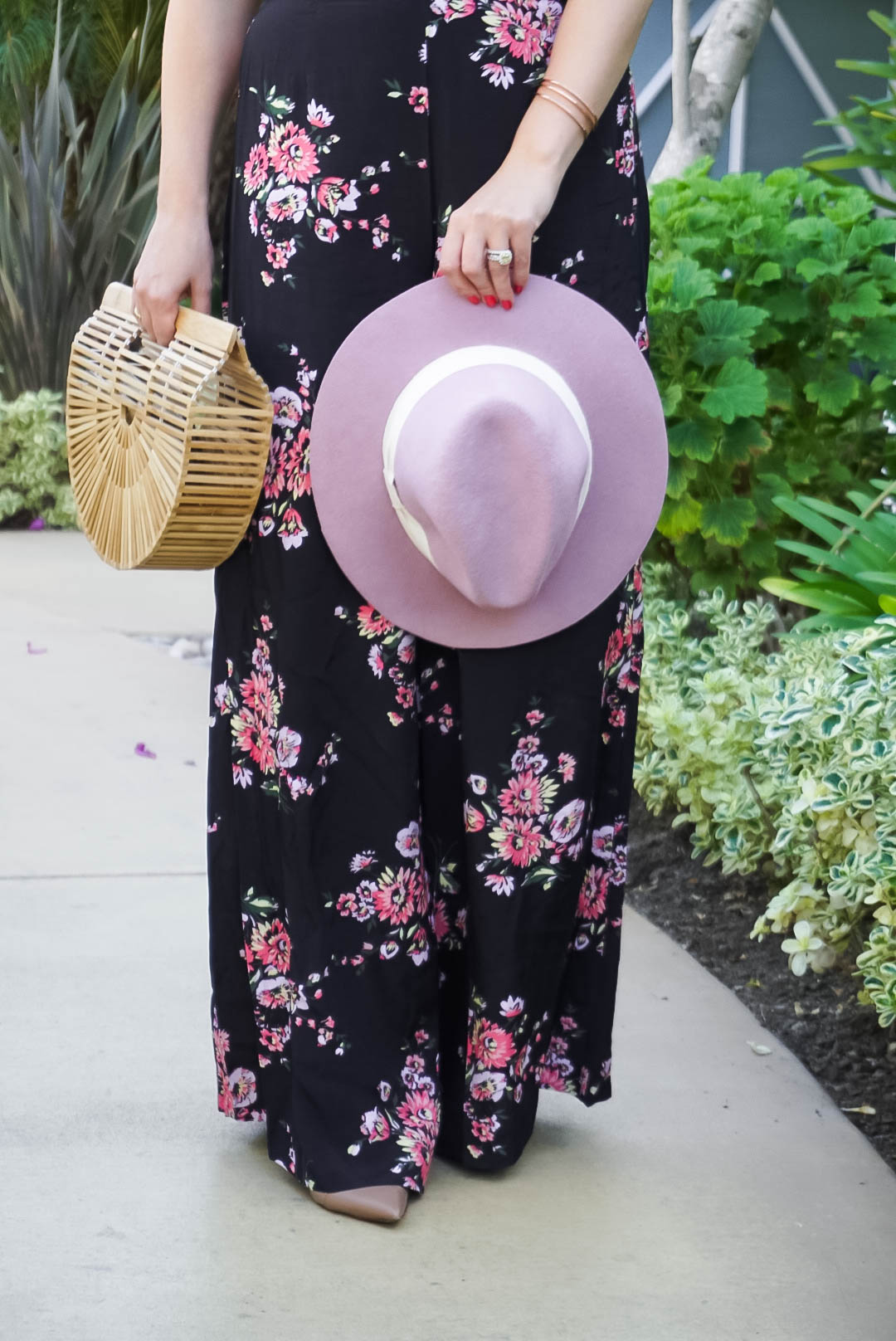 Catalina Tropical Vibes with Jill Jill Stuart, Outfit Inspiration, Jill Jill Stuart, Macy's Exclusive, Floral Pants, Mom Style, Bay Area Fashion Blogger, Have Need Want