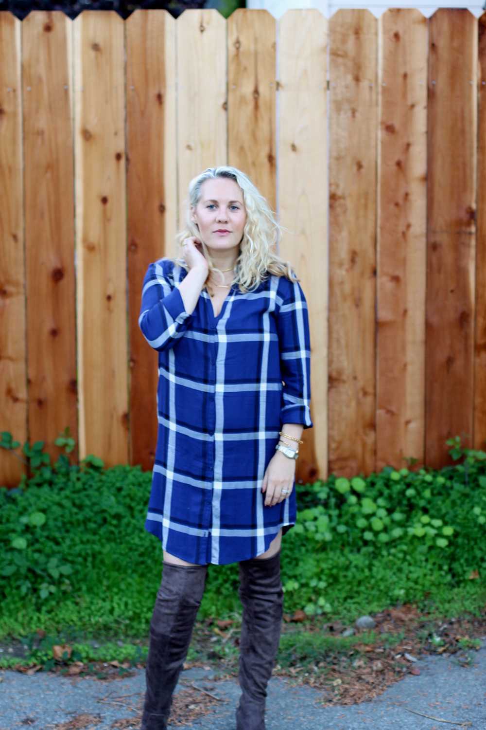 cupcakes-and-cashmere-plaid-shirtdress-outfit-inspiration-fall-fashion-mom-style-have-need-want-5