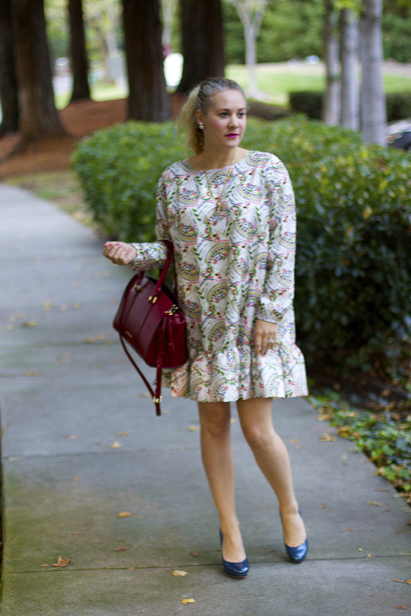 Fall Floral Ruffles, Floral Ruffle dress, Cynthia Rowley dress, Fall Style, Rainy day wear