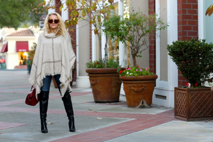 Fall Poncho-Outfit Inspiration-Fall Trends-Bay Area Fashion Blogger-Have Need Want-Fashion Stylist 4