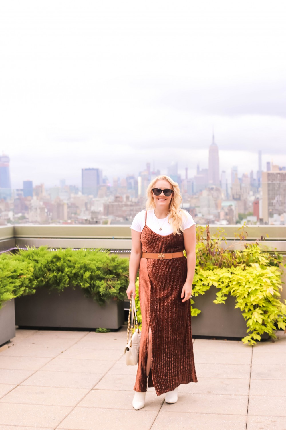 How To Extend Your Summer Clothes Into Fall, New York, New York City Skyline, Outfit Inspiration, Styling Tips and Tricks, Have Need Want
