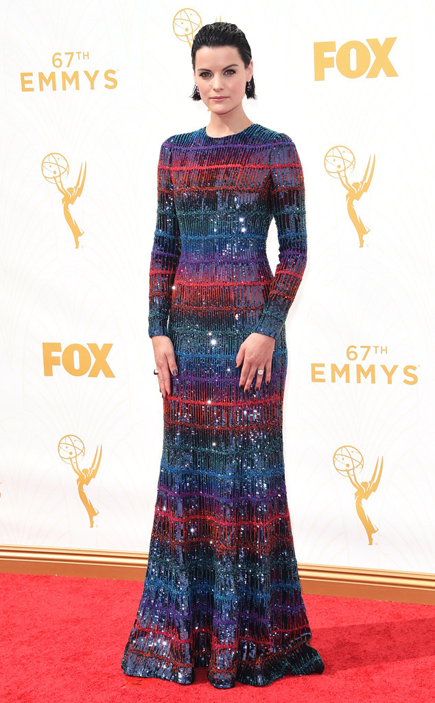 Jaimie Alexander-Armani Prive Dress-Baccarat Jewelry-Emmy's Red Carpet-2015 Emmys-Red Carpet Arrivals-Best Dressed