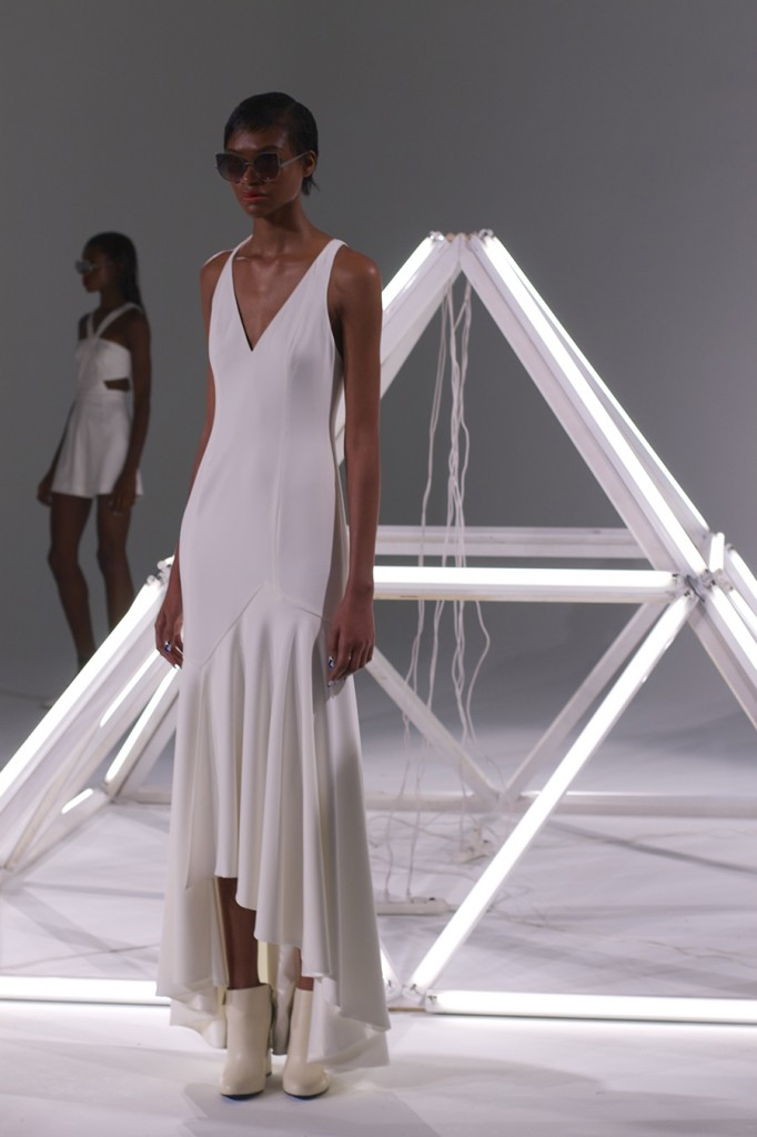 Jay Godfrey-NYFW-SS16-Fashion Week-Outfit Inspiration-White on White 4