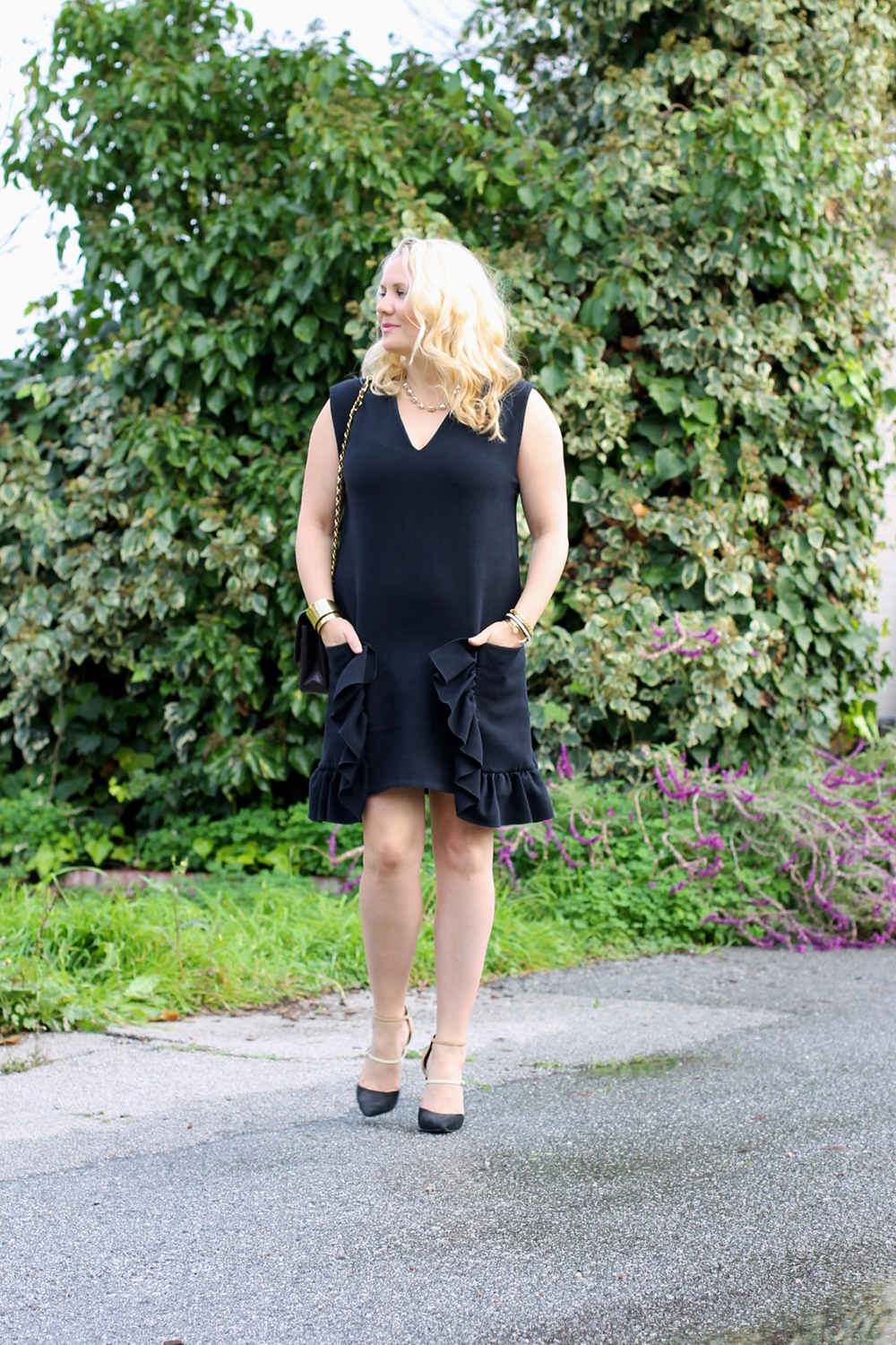 lbd-little-black-dress-ruffle-pockets-marni-rent-the-runway-outfit-inspiration-holiday-style-guide-have-need-want-12