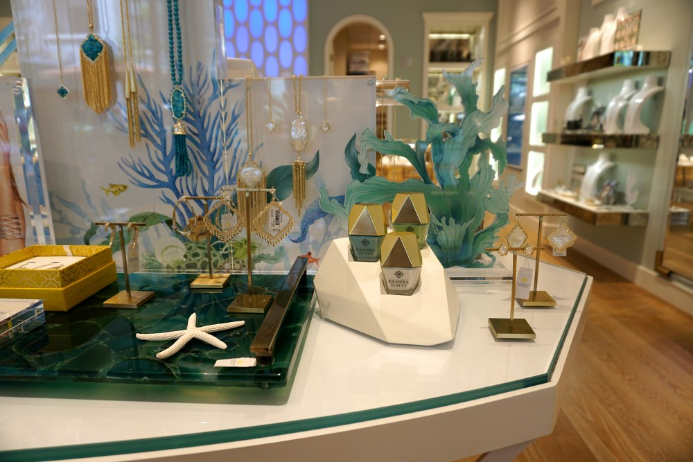 Mother's Day Gift Guide with Santana Row-Kendra Scott-Personalized Mother's Day Gift Ideas 2