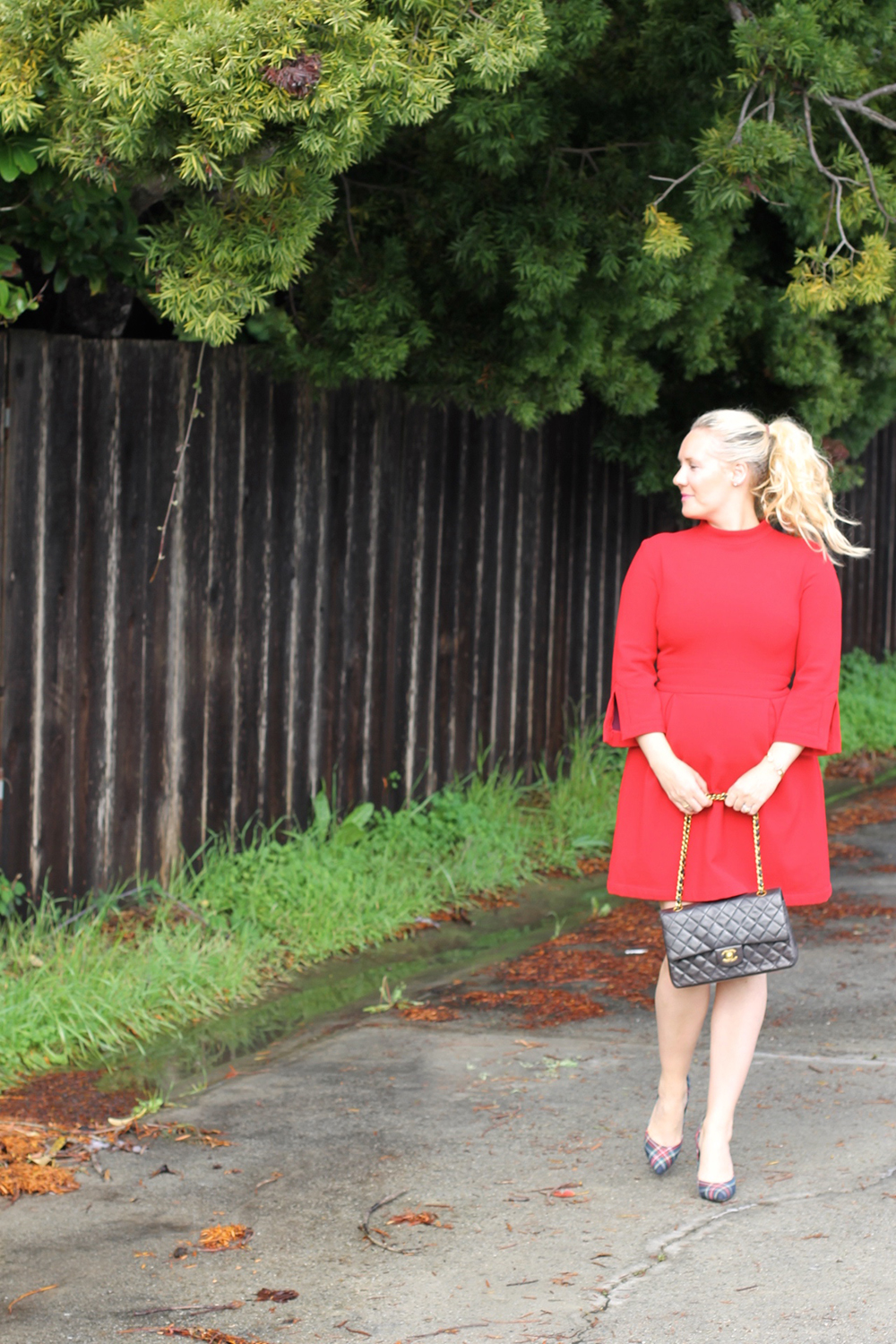 nicole-miller-lady-in-red-red-dress-holiday-style-outfit-inspiration-have-need-want-4