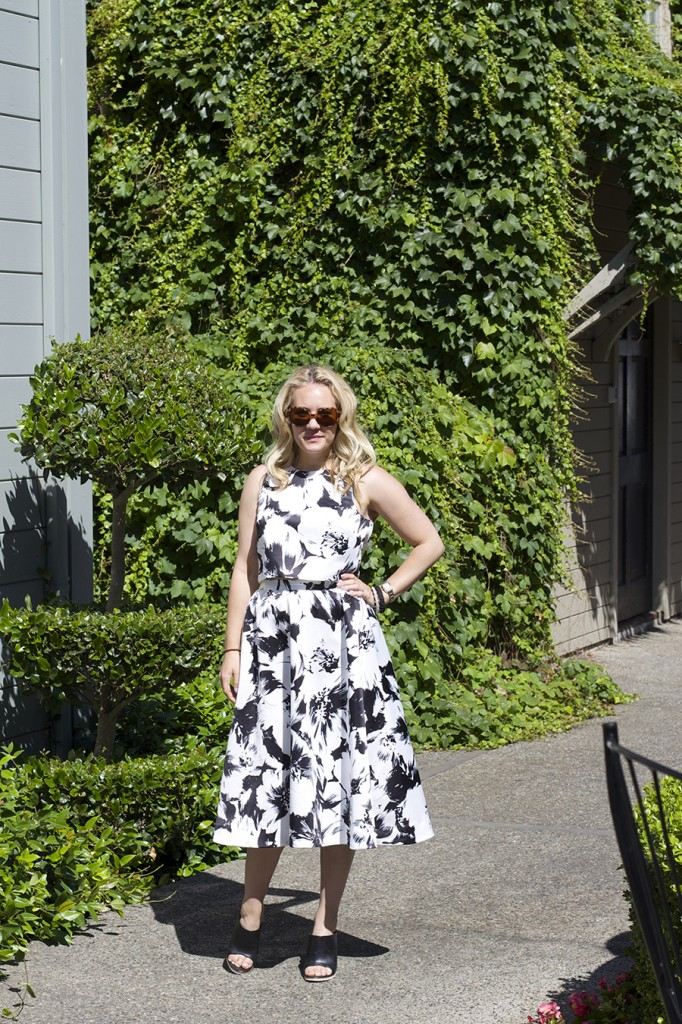 Parker New York Black and White Floral Two Piece Skirt Set Matching Set Outfit Ideas Napa Wine Tasting 8