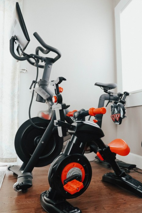 Transformed the Fisher Price Think & Learn stationary bike to look like my Peloton bike. Sharing the DIY on my blog! #ditproject #peloton #minipelotonbike #fisherprice