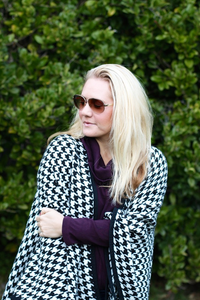 outfit inspiration-chanel handbag-kate spade-winter style-houndstooth ponch 4