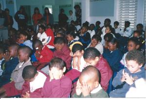kids praying