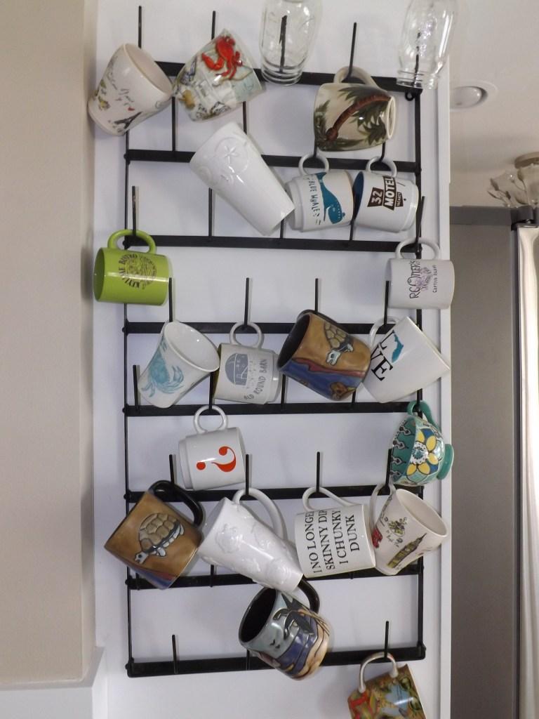 Florida Beach House coffee cup rack