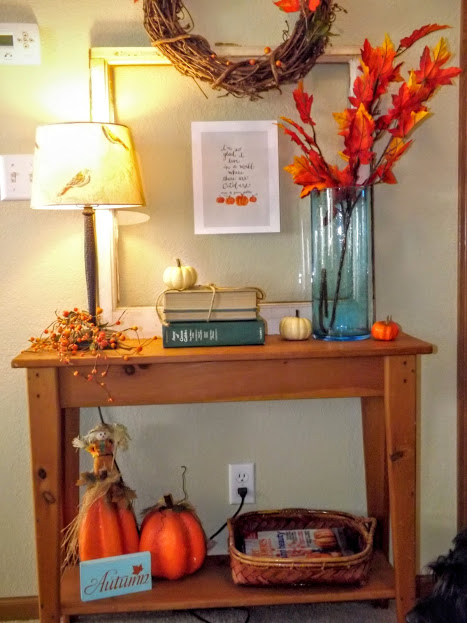 Entryway table fall