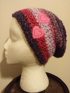 Today s pattern is an easy hat for pre-teens that is made from Homespun  yarn by Lion Brand. I ve seen a lot of comments from people that hate this  yarn ... e37aca09fd8