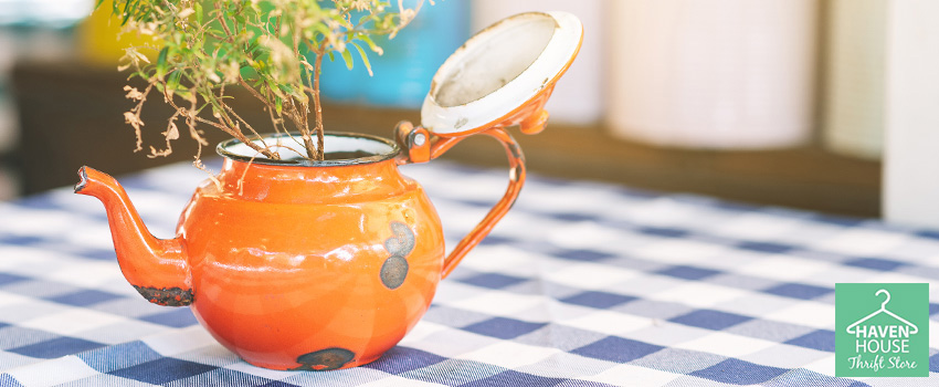 6 Must-Have Thrift Store Finds to Decorate Your Home