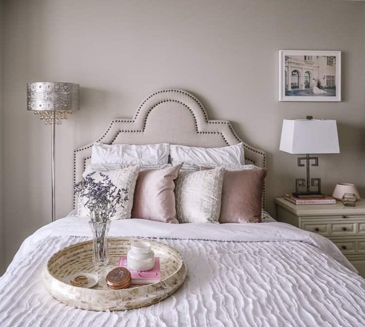 Design Story A Blush Pink Bedroom For A Blogger S Workspace Havenly S Blog