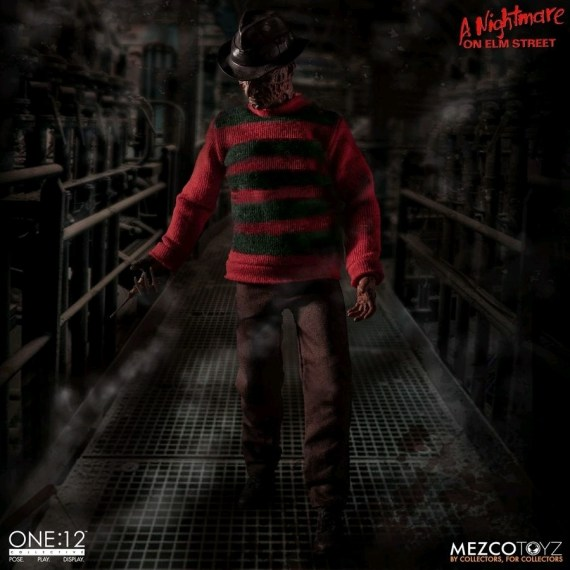 MEZ77390–Nightmare-on-Elm-St-Freddy-One-12-Collective-Fig