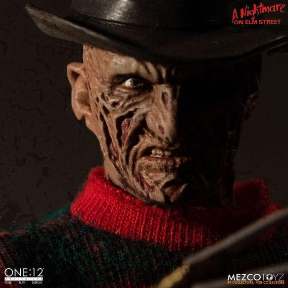 MEZ77390–Nightmare-on-Elm-St-Freddy-One-12-Collective-FigA