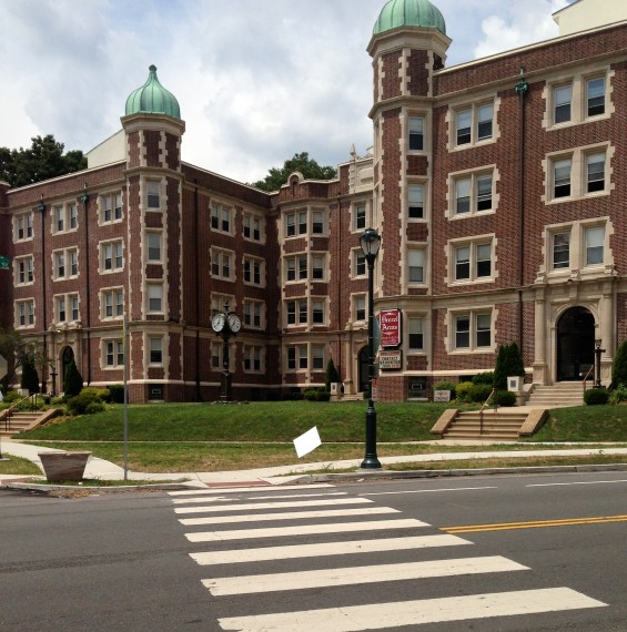 Bryn Mawr is renting several apartments in Overbook for student housing. Photo by Tyler Garber, BMC '14.