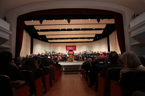 "Weiss delivered his inaugural address to a packed crowd inside the college's Marshall Auditorium on Saturday, October 26, 2013. The auditorium had a ""capacity audience of 750 with many more watching a video feed in campus lecture halls,"" according to college spokesman Chris Mills."