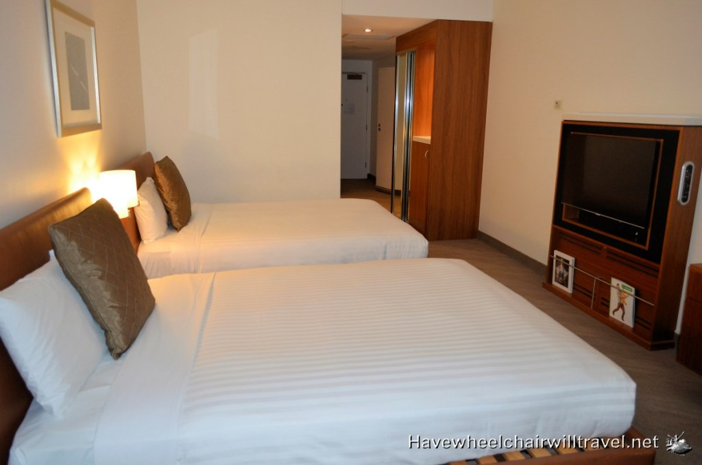 Novotel Canberra - accessible room