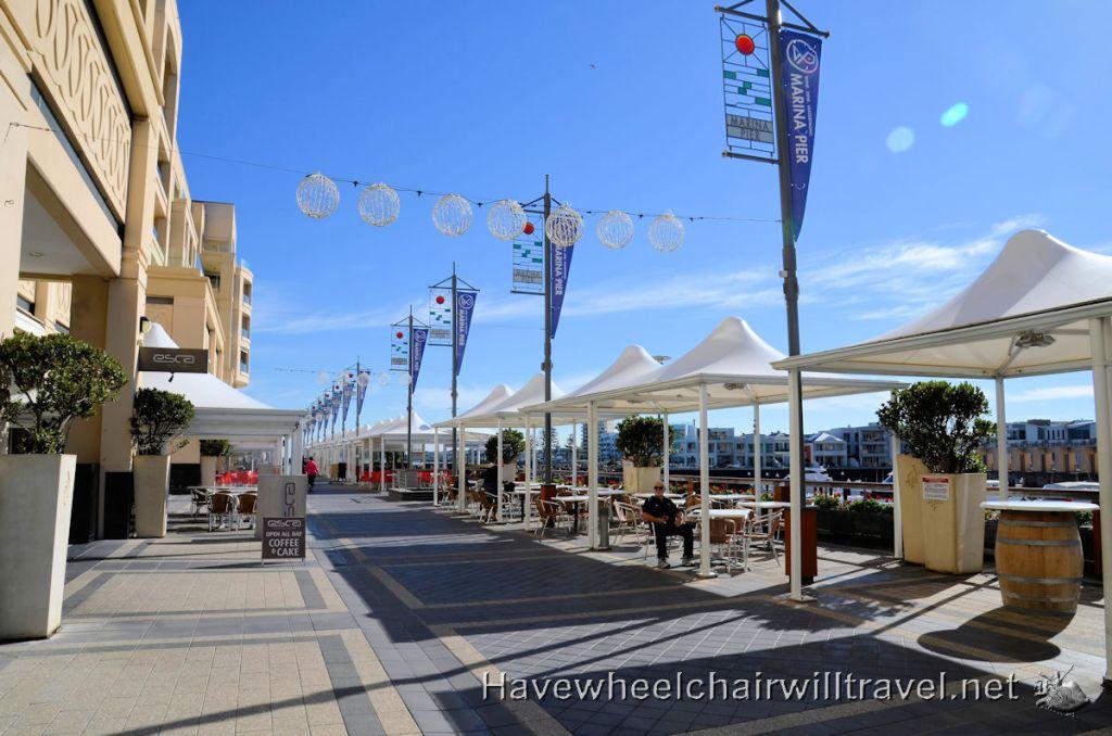 Oaks Plaza Pier Glenelg