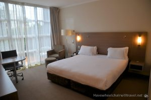 DOUBLETREE BY HILTON CAIRNS – WHEELCHAIR ACCESSIBLE ACCOMMODATION CAIRNS