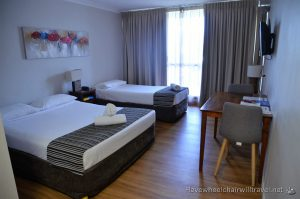 CAIRNS PLAZA HOTEL – WHEELCHAIR ACCESSIBLE ACCOMMODATION CAIRNS