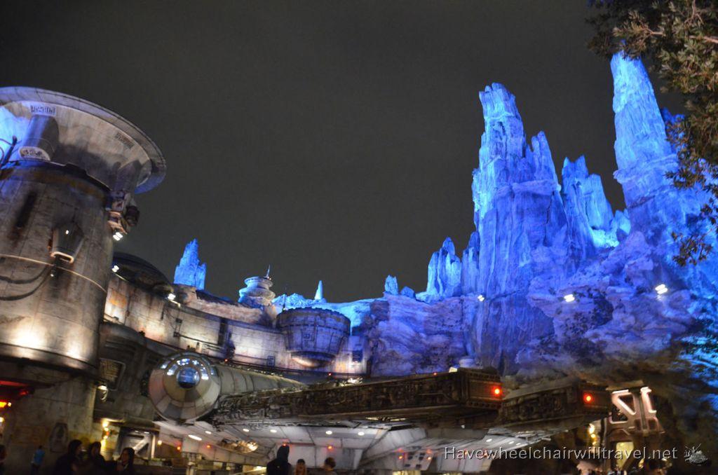 Disneyland Star Wars Galaxy's Edge