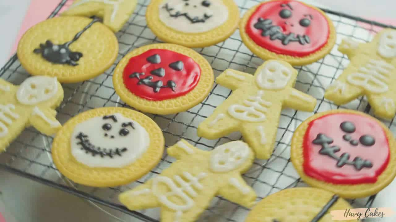 Spooky mummies and sweet candy corn. Halloween Cookie Ideas Decoration Ideas 2020 Havy Cakes