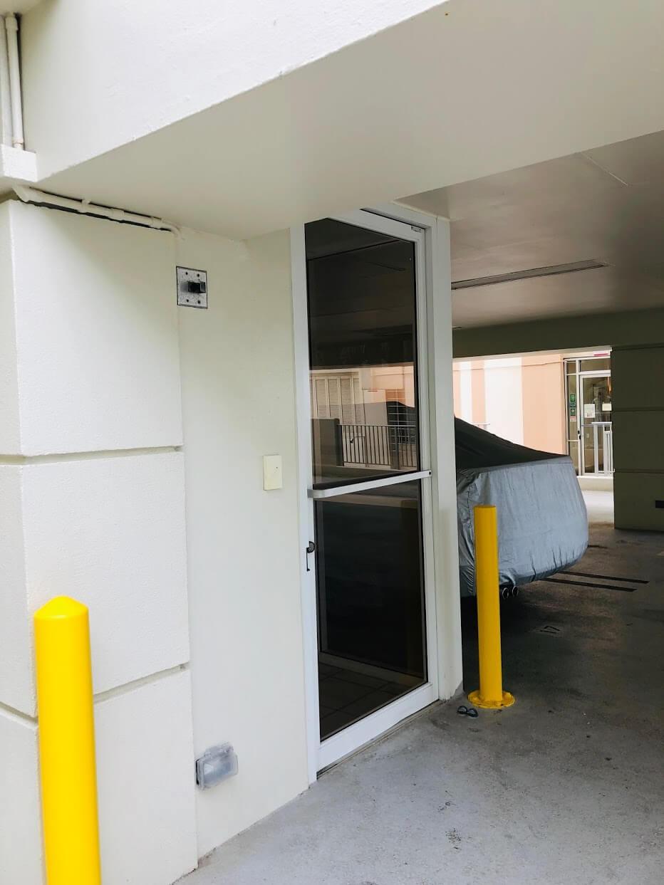 Seabreeze Apartmentsの駐車場