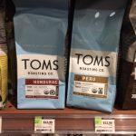 TOMSのコーヒー@ホールフーズ 物を買う理由って色々あります。