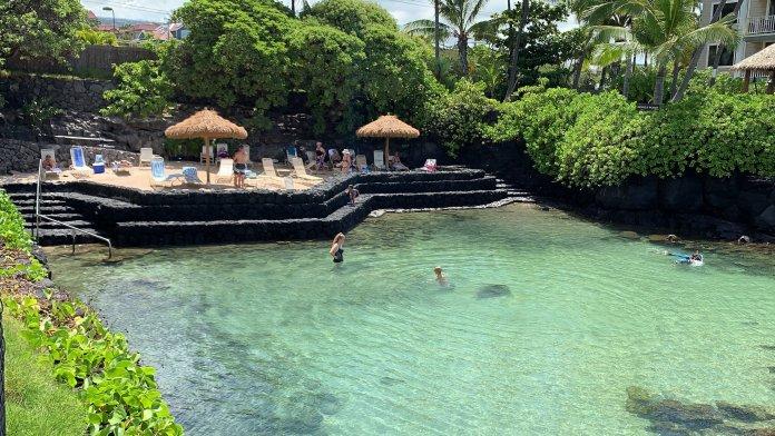 Lagune Kona Hotel