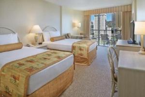 Ohana Waikiki East Hotel guest rooms