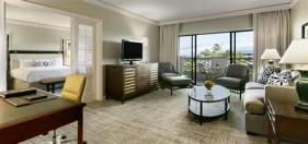 fairmont the orchid suites