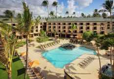 pool view room Courtyard by Marriot Kauai at Coconut Beach