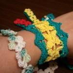 かぎ針編みで編む♫お花のブレスレット2種類✿