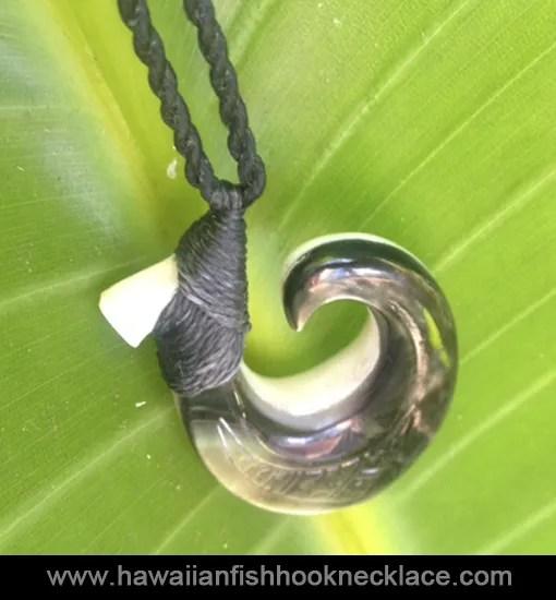 mother-of-pearl-hawaiian-necklace