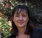 Carolyn J Lee