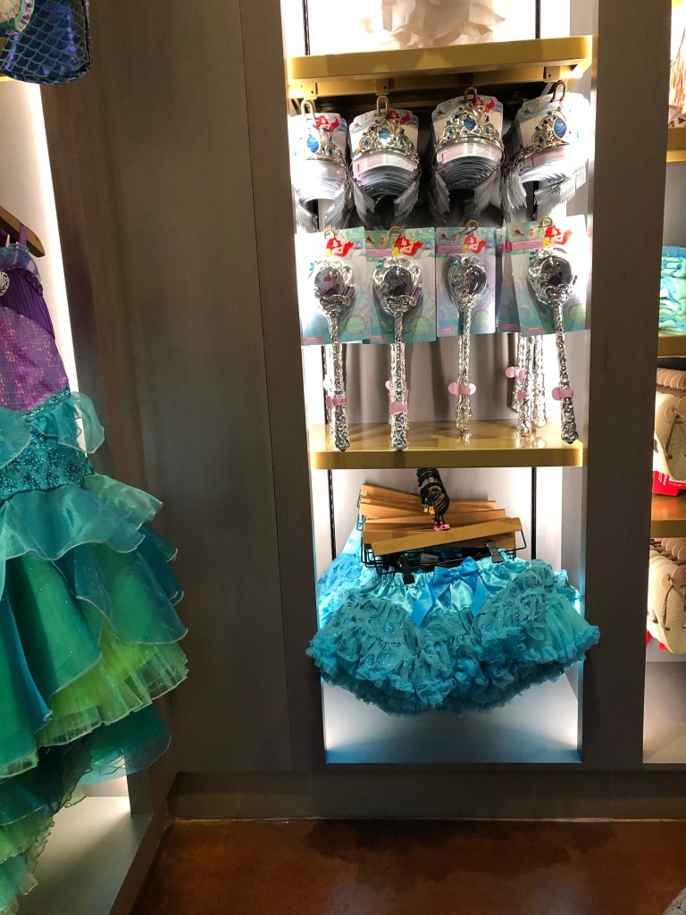 Clothing options at Aulani's the Painted Sky